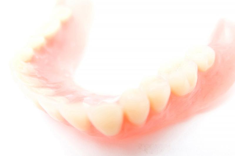 入れ歯はスペアを持つのがおすすめ